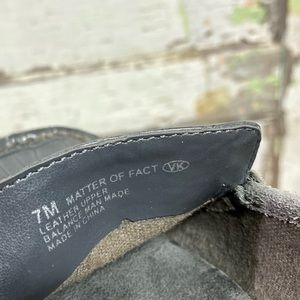 AEROSOLES Shoes - Aerosoles | Gray Snake Skin and Suede Loafers Sz 7